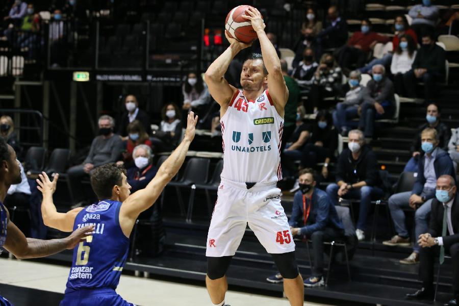 https://www.basketmarche.it/immagini_articoli/09-12-2020/pallacanestro-reggiana-risolto-consensualmente-contratto-janis-blums-600.jpg
