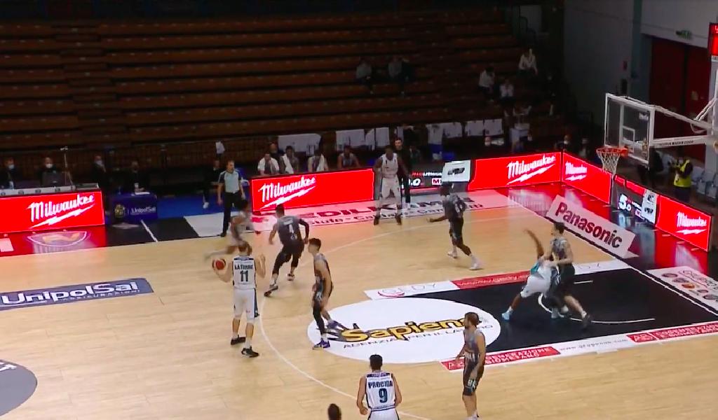 https://www.basketmarche.it/immagini_articoli/09-12-2020/recupero-giornata-netta-vittoria-vanoli-cremona-pallacanestro-cant-600.png