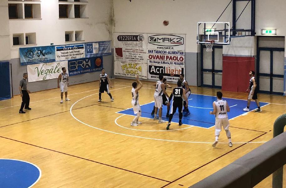 https://www.basketmarche.it/immagini_articoli/10-01-2019/recupero-ritorno-isernia-basket-firma-colpaccio-campo-bramante-pesaro-600.jpg