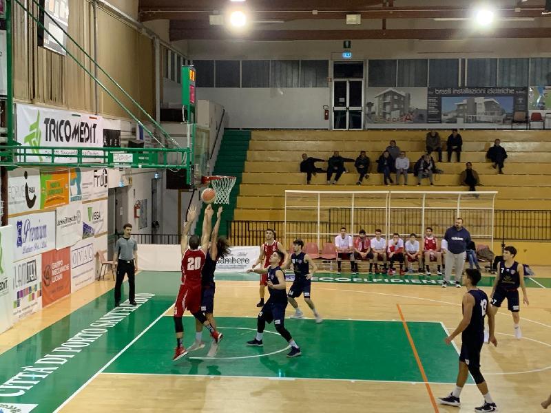 https://www.basketmarche.it/immagini_articoli/10-01-2020/convincente-vittoria-pallacanestro-pedaso-campo-sporting-porto-sant-elpidio-600.jpg