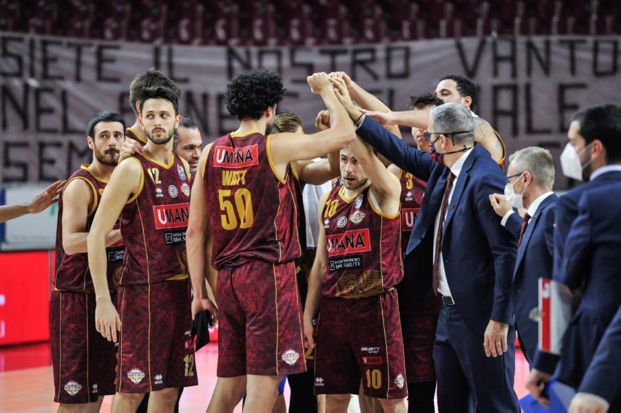 https://www.basketmarche.it/immagini_articoli/10-01-2021/reyer-venezia-coach-raffaele-reggio-emilia-partita-importante-cerchiamo-continuit-600.jpg