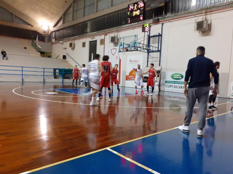 https://www.basketmarche.it/immagini_articoli/10-02-2020/capolista-basket-assisi-oltre-assenze-espugna-campo-orvieto-basket-600.jpg