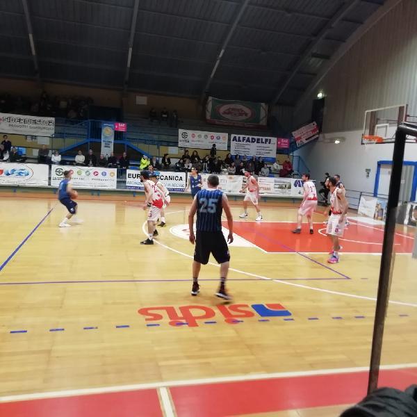 https://www.basketmarche.it/immagini_articoli/10-02-2020/nestor-marsciano-supera-basket-passignano-vittoria-600.jpg