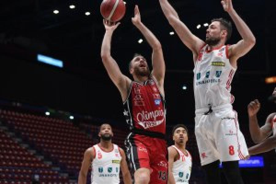 https://www.basketmarche.it/immagini_articoli/10-02-2021/frecciarossa-final-eight-olimpia-milano-apre-manifestazione-sfidando-pallacanestro-reggiana-600.jpg