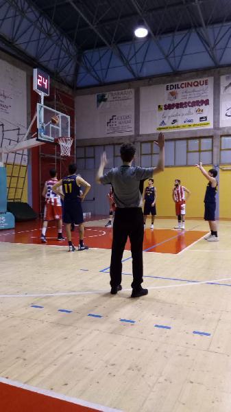 https://www.basketmarche.it/immagini_articoli/10-03-2019/regionale-live-girone-posticipi-ritorno-tempo-reale-600.jpg