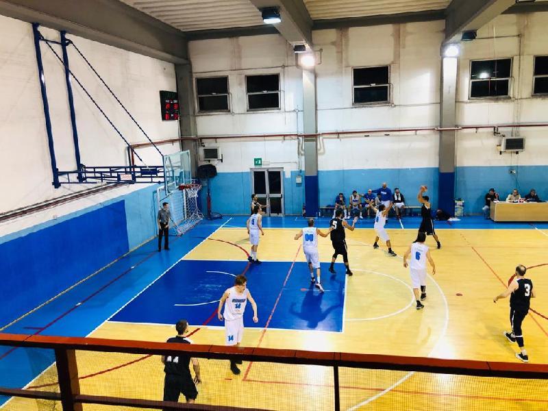 https://www.basketmarche.it/immagini_articoli/10-04-2019/playoff-conero-espugna-campo-sangiorgese-2000-chiude-serie-600.jpg