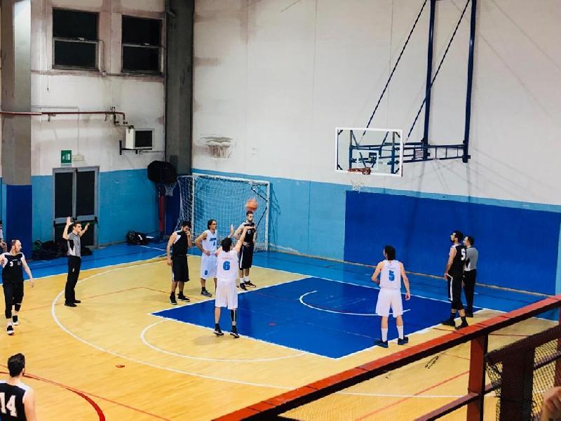https://www.basketmarche.it/immagini_articoli/10-04-2019/promozione-playoff-gara-morrovalle-conero-dinamis-picchio-chiudono-600.jpg