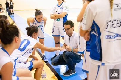 https://www.basketmarche.it/immagini_articoli/10-05-2018/serie-a2-femminile-playoff-la-feba-civitanova-cade-a-palermo-ed-esce-di-scena-270.jpg