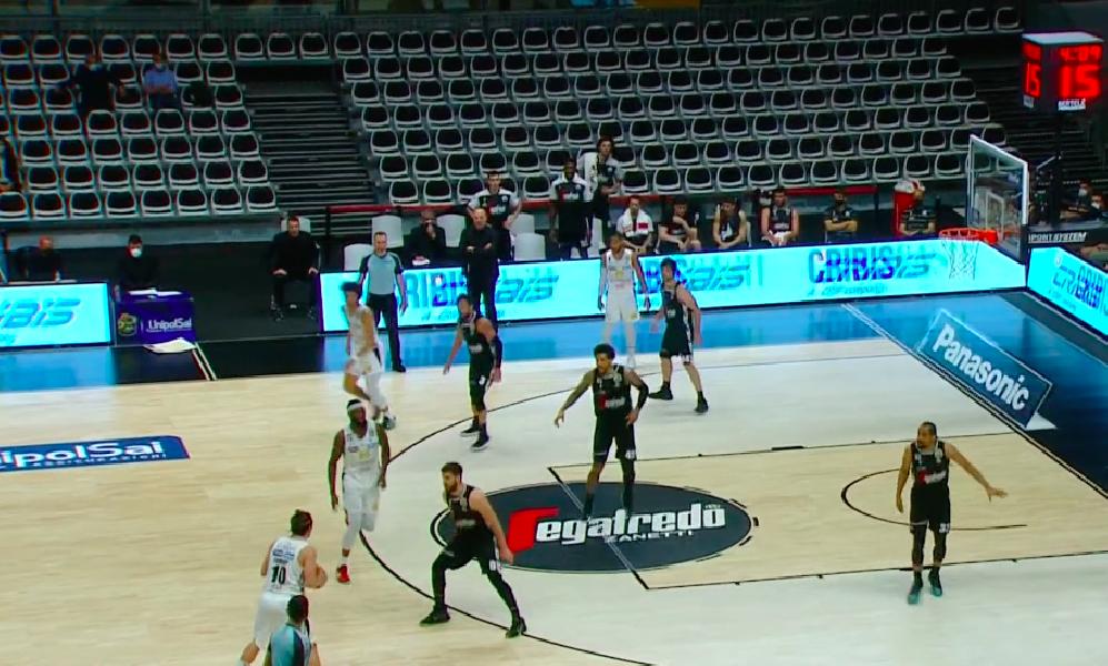 https://www.basketmarche.it/immagini_articoli/10-05-2021/aquila-basket-trento-espugna-campo-virtus-bologna-conquista-playoff-600.png