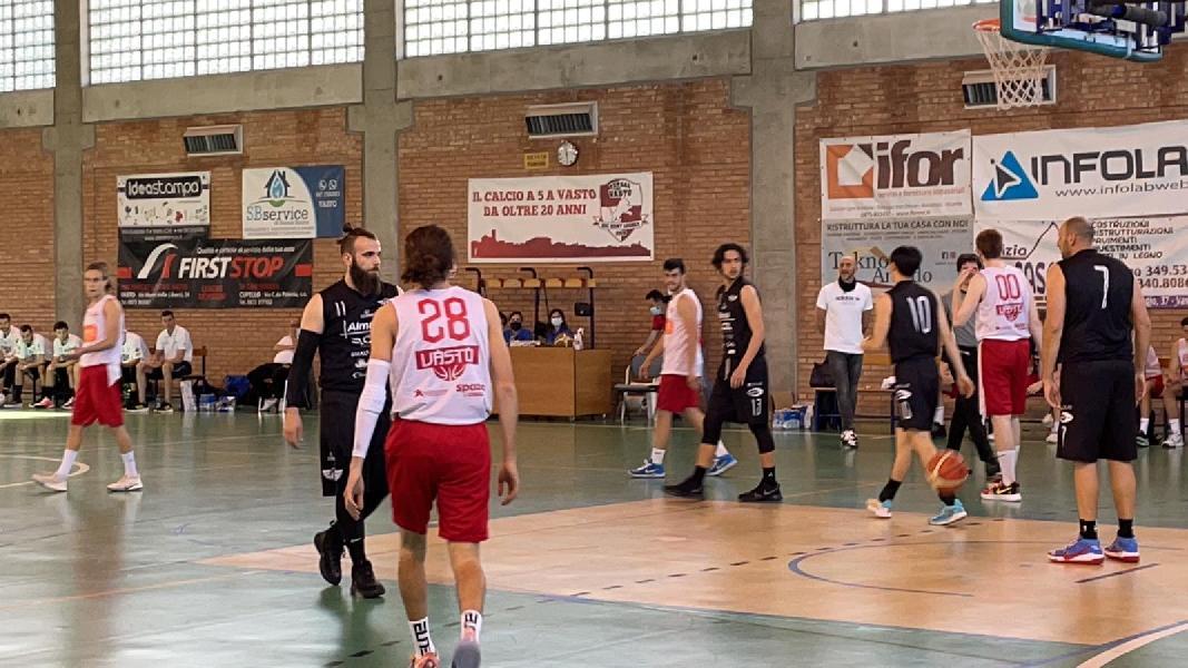 https://www.basketmarche.it/immagini_articoli/10-05-2021/basket-todi-coach-olivieri-dobbiamo-limare-parecchi-dettagli-apprezzato-molto-impegno-ragazzi-600.jpg