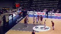 https://www.basketmarche.it/immagini_articoli/10-05-2021/reyer-venezia-espugna-campo-pallacanestro-reggiana-120.png