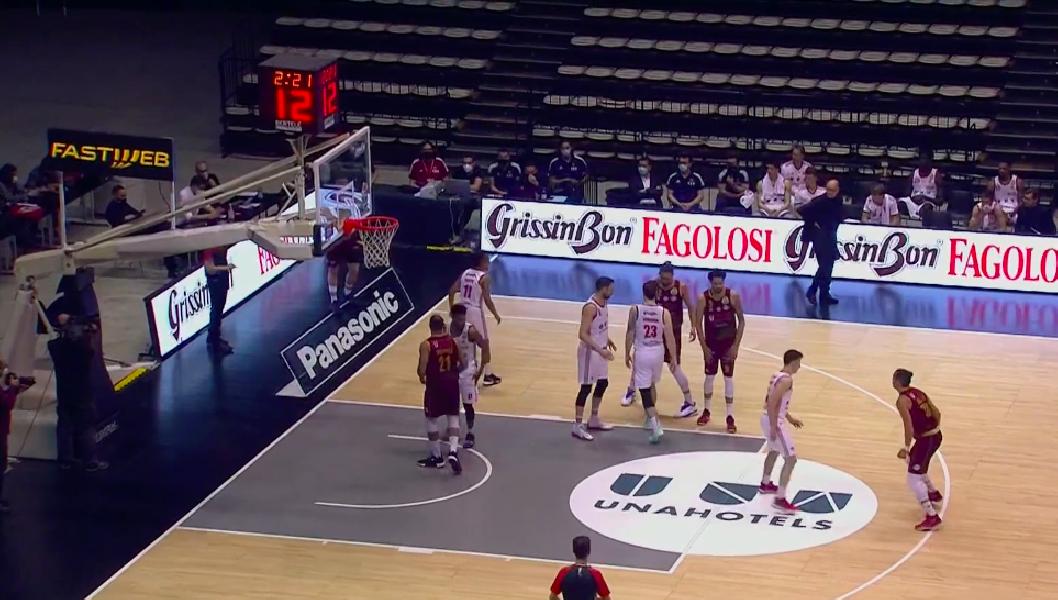 https://www.basketmarche.it/immagini_articoli/10-05-2021/reyer-venezia-espugna-campo-pallacanestro-reggiana-600.png