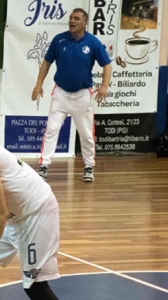 https://www.basketmarche.it/immagini_articoli/10-05-2021/sambenedettese-basket-coach-minora-squadra-dimostrato-forte-attaccamento-maglia-600.jpg