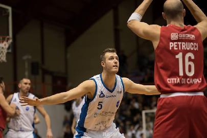 https://www.basketmarche.it/immagini_articoli/10-06-2018/serie-b-nazionale-janus-fabriano-filiberto-dri-confermato-anche-per-la-prossima-stagione-270.jpg