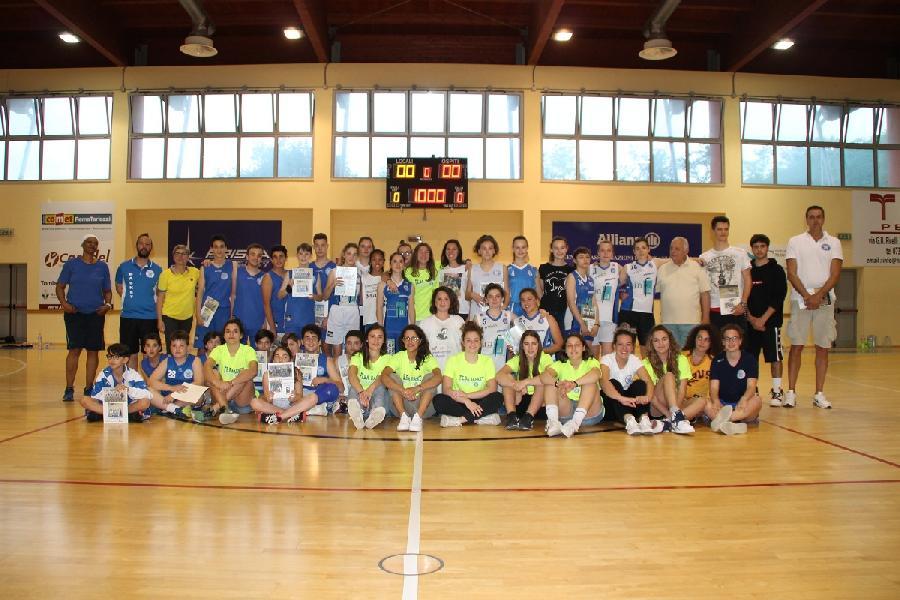 https://www.basketmarche.it/immagini_articoli/10-06-2019/termina-grande-festa-stagione-feba-civitanova-600.jpg