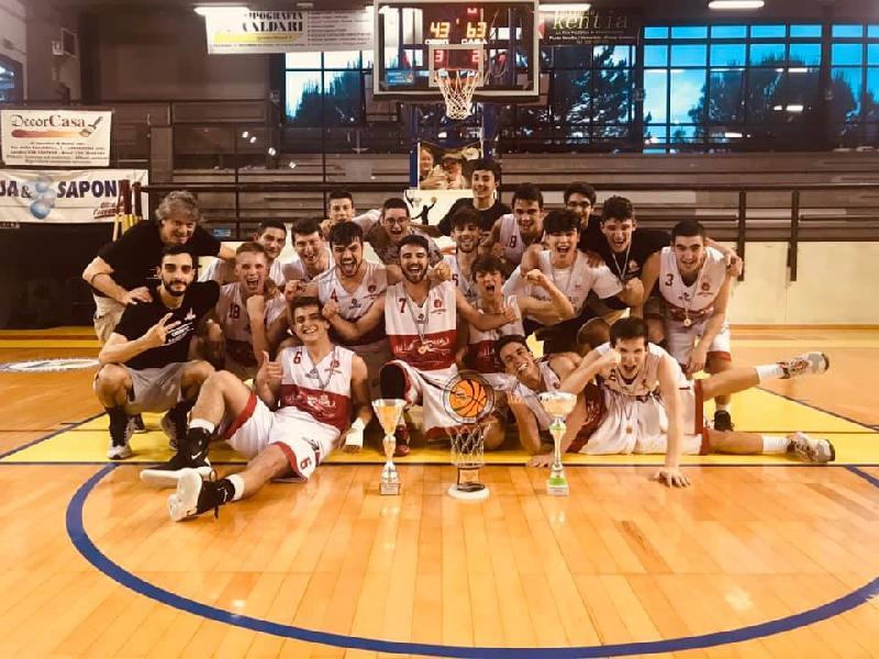 https://www.basketmarche.it/immagini_articoli/10-06-2019/under-umbria-orvieto-basket-campione-regionale-fratta-umbertide-finale-600.jpg