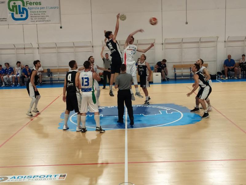 https://www.basketmarche.it/immagini_articoli/10-06-2021/convincente-vittoria-montemarciano-pallacanestro-acqualagna-600.jpg