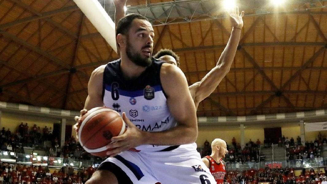 https://www.basketmarche.it/immagini_articoli/10-07-2020/pesaro-michele-vitali-tyler-cain-nomi-caldi-mercato-600.jpg