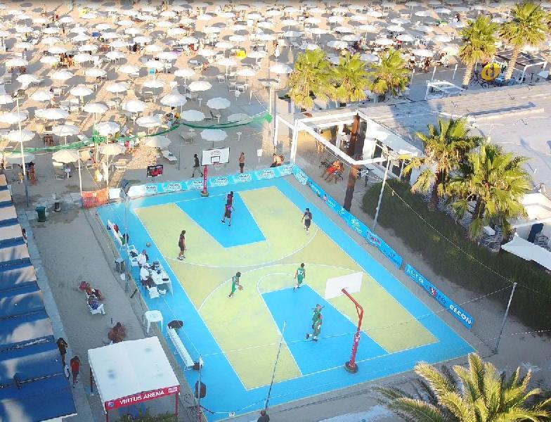 https://www.basketmarche.it/immagini_articoli/10-07-2021/aperte-iscrizioni-edizione-torneo-3vs3-sprint-porto-giorgio-600.jpg