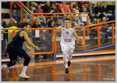 https://www.basketmarche.it/immagini_articoli/10-08-2018/serie-b-nazionale-l-unibasket-pescara-annuncia-il-rinnovo-con-ennio-leonzio-270.jpg