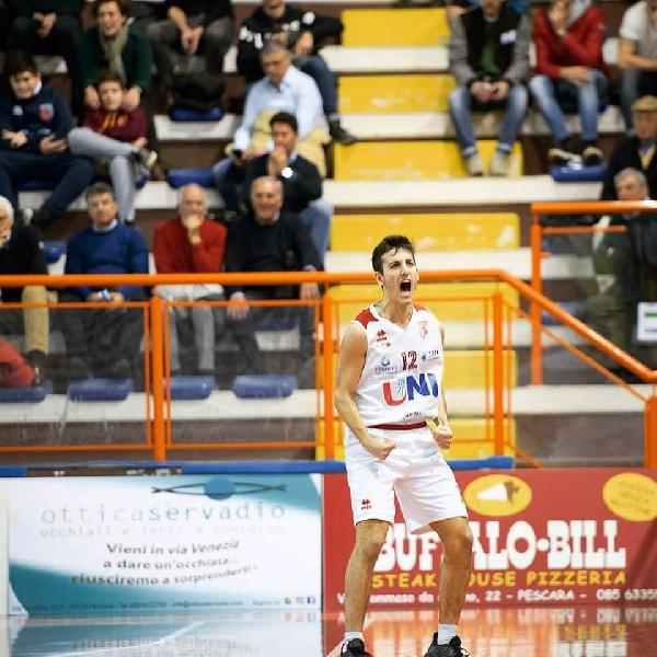 https://www.basketmarche.it/immagini_articoli/10-08-2019/sutor-montegranaro-ufficializza-grande-colpo-mercato-pescara-arriva-michele-caverni-600.jpg