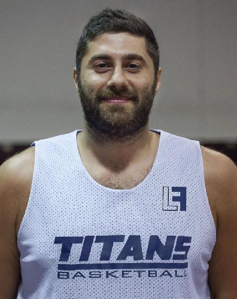 https://www.basketmarche.it/immagini_articoli/10-09-2018/promozione-federico-gennaretti-giocatore-titans-jesi-600.jpg