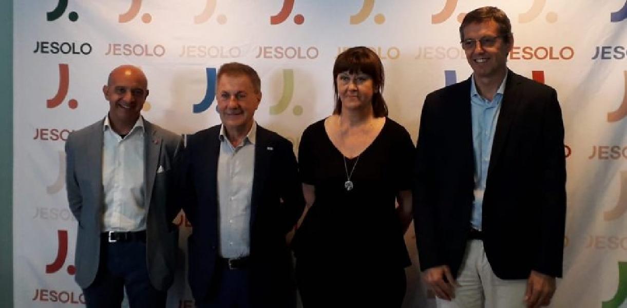 https://www.basketmarche.it/immagini_articoli/10-09-2019/dettagli-info-ticketing-torneo-citt-jesolo-venezia-virtus-bologna-treviso-trento-600.jpg