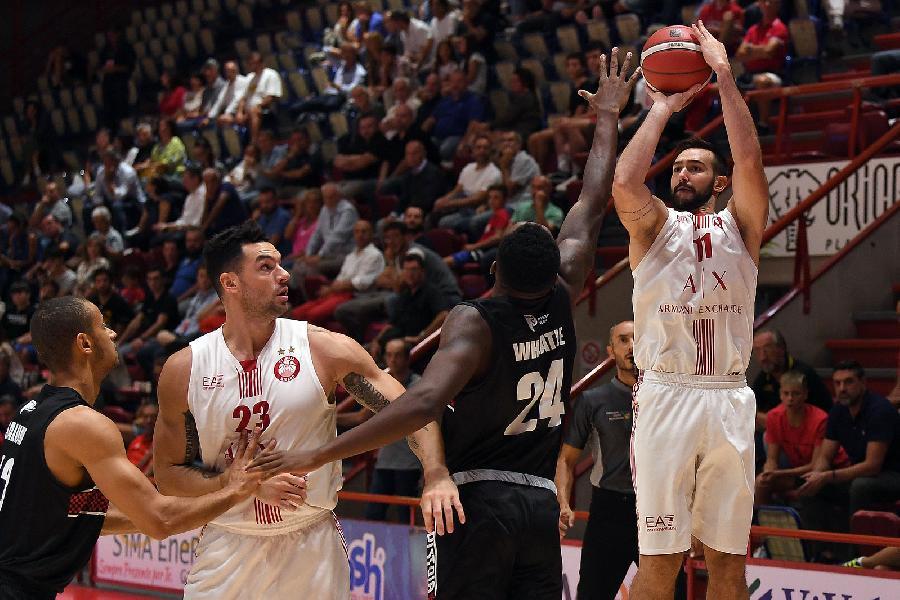 https://www.basketmarche.it/immagini_articoli/10-09-2019/olimpia-milano-chiude-trasferta-toscana-netta-vittoria-pistoia-600.jpg