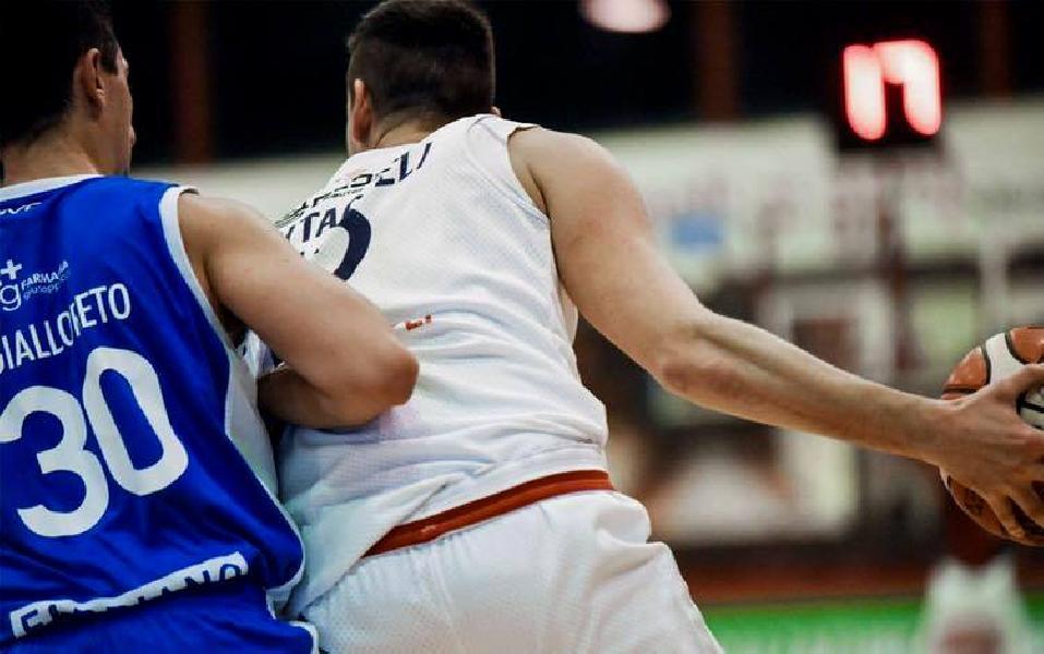 https://www.basketmarche.it/immagini_articoli/10-10-2018/fari-puntati-campli-basket-prossimo-avversario-janus-fabriano-600.jpg