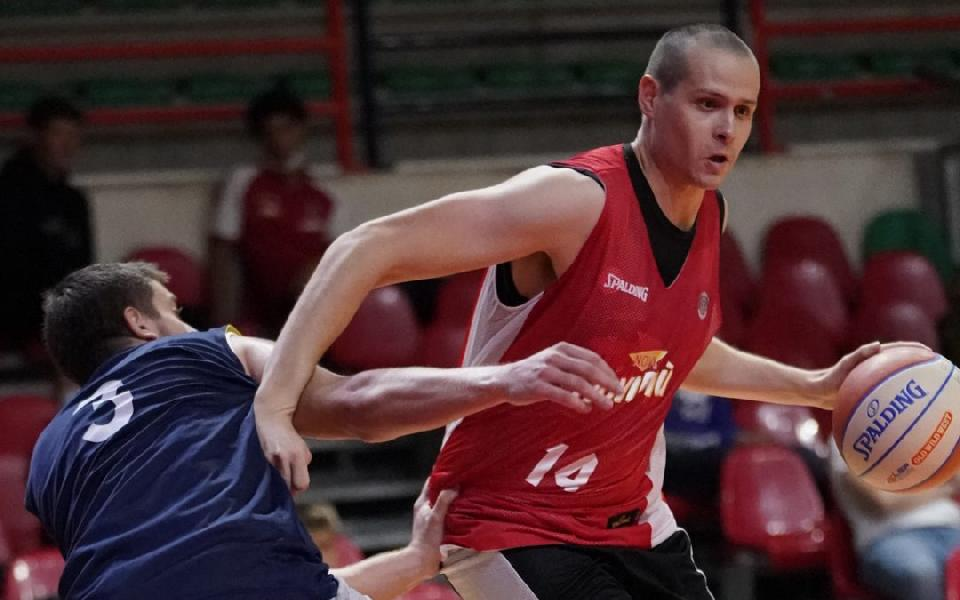 https://www.basketmarche.it/immagini_articoli/10-10-2020/supercoppa-avventura-basket-monferrato-inizia-trasferta-biella-600.jpg