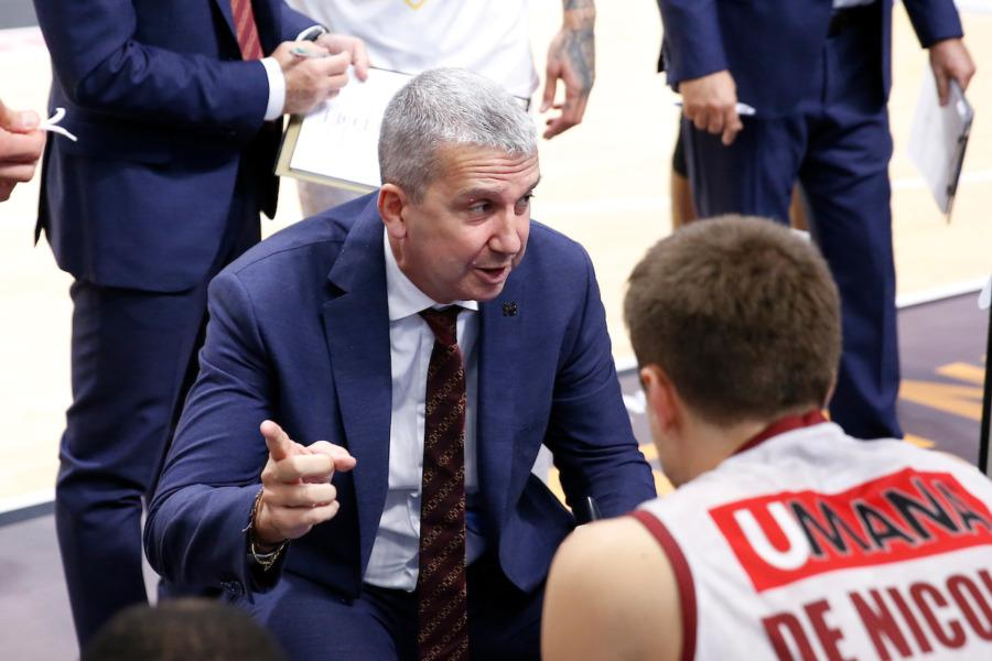 https://www.basketmarche.it/immagini_articoli/10-10-2020/venezia-coach-raffaele-pesaro-importante-fare-partita-impatto-fisico-subito-deciso-600.jpg