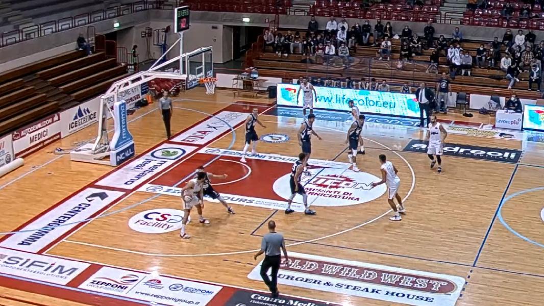 https://www.basketmarche.it/immagini_articoli/10-10-2021/aurora-jesi-sconfitta-casa-giulia-basket-giulianova-600.jpg