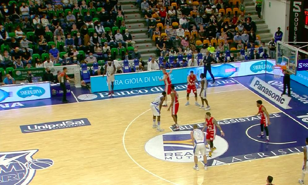 https://www.basketmarche.it/immagini_articoli/10-10-2021/dinamo-sassari-rimonta-pallacanestro-reggiana-batte-dopo-supplementare-600.png