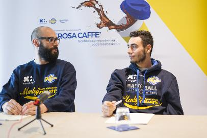 https://www.basketmarche.it/immagini_articoli/10-11-2017/serie-a2-le-parole-di-lorenzo-maspero-alla-vigilia-del-derby-delle-marche-270.jpg
