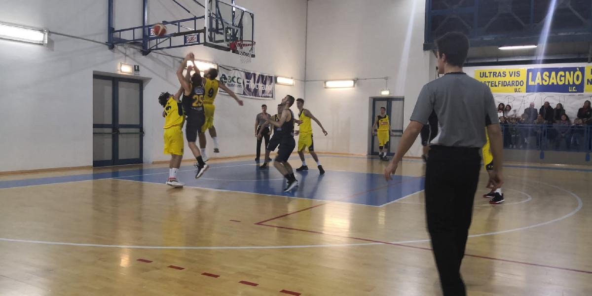 https://www.basketmarche.it/immagini_articoli/10-11-2019/castelfidardo-supera-dinamis-falconara-dopo-tempi-supplementari-600.jpg