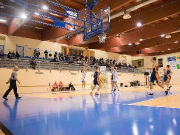https://www.basketmarche.it/immagini_articoli/10-12-2017/serie-a2-femminile-convincente-vittoria-per-la-feba-civitanova-contro-la-capolista-palermo-270.jpg