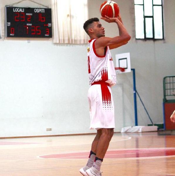 https://www.basketmarche.it/immagini_articoli/10-12-2018/perugia-basket-dura-quarti-sutor-montegranaro-scappa-600.jpg