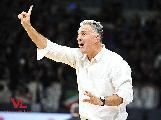 https://www.basketmarche.it/immagini_articoli/10-12-2018/vuelle-pesaro-beffata-avellino-coach-galli-perdere-male-contento-prestazione-120.jpg