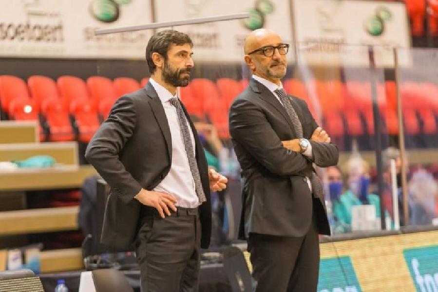 https://www.basketmarche.it/immagini_articoli/10-12-2020/brindisi-coach-vitucci-troppo-rilassati-secondo-tempo-serva-insegnamento-600.jpg