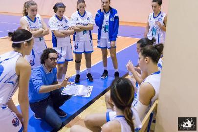 https://www.basketmarche.it/immagini_articoli/11-01-2018/serie-a-femminile-la-feba-civitanova-in-trasferta-sul-campo-del-san-raffaele-roma-270.jpg