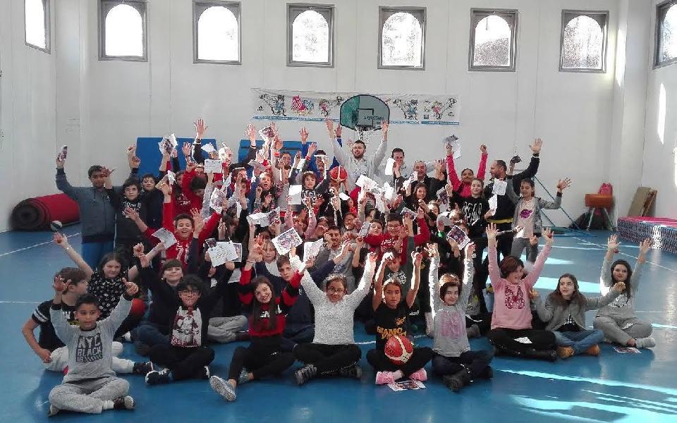 https://www.basketmarche.it/immagini_articoli/11-01-2019/basket-school-fabriano-stamane-prima-tappa-progetto-basket-scuola-600.jpg