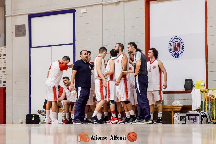 https://www.basketmarche.it/immagini_articoli/11-01-2020/basket-maceratese-coach-palmioli-civitanova-fatto-ottima-gara-siamo-stati-bravi-rilassiamoci-600.jpg