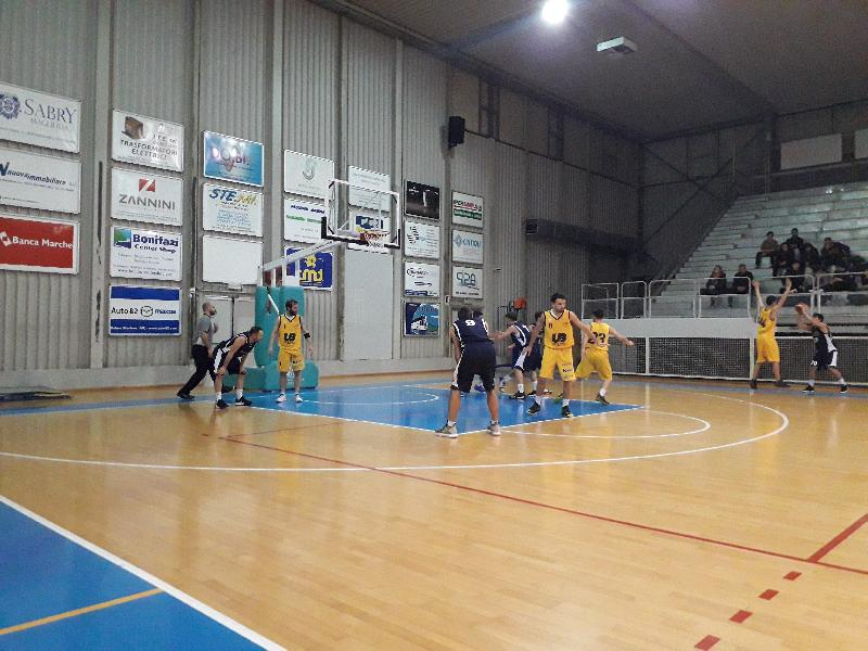 https://www.basketmarche.it/immagini_articoli/11-01-2020/marotta-basket-castelfidardo-arriva-terza-sconfitta-consecutiva-600.jpg