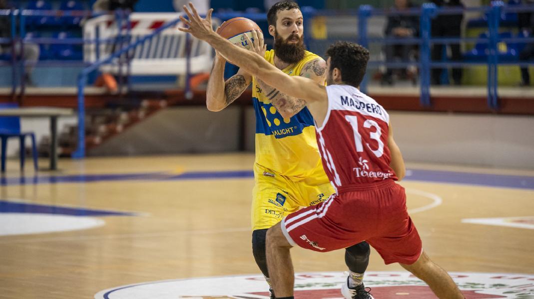 https://www.basketmarche.it/immagini_articoli/11-01-2020/poderosa-montegranaro-cerca-terza-vittoria-consecutiva-campo-mantova-stings-600.jpg