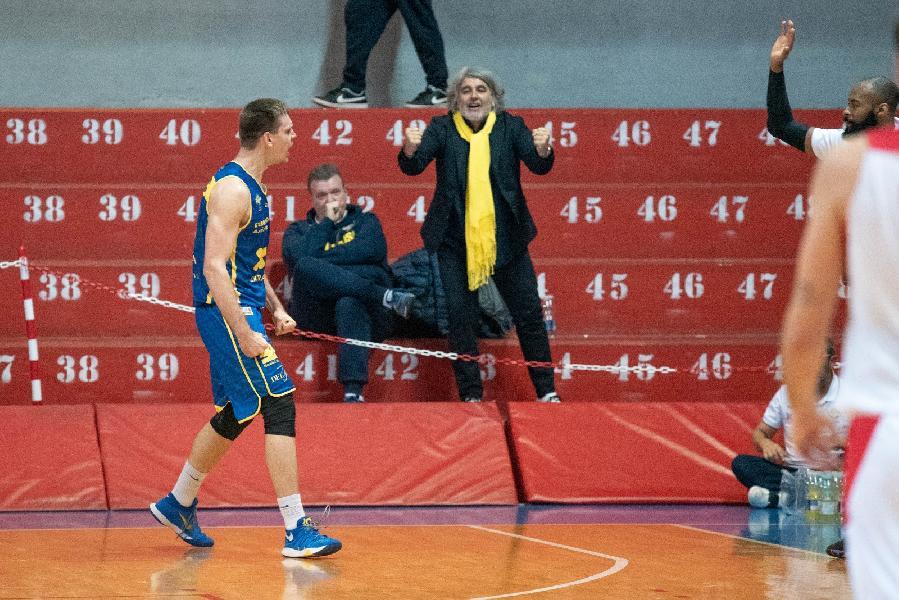 https://www.basketmarche.it/immagini_articoli/11-02-2019/poderosa-montegranaro-forte-infortuni-prende-decima-vittoria-consecutiva-600.jpg