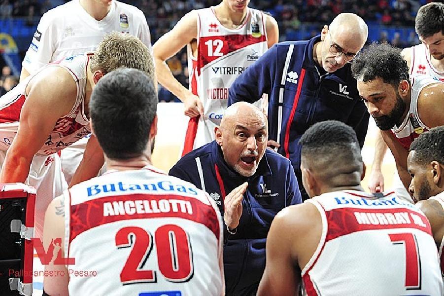 https://www.basketmarche.it/immagini_articoli/11-02-2019/troppa-milano-vuelle-pesaro-coach-boniciolli-siamo-instabili-punto-vista-emotivo-600.jpg