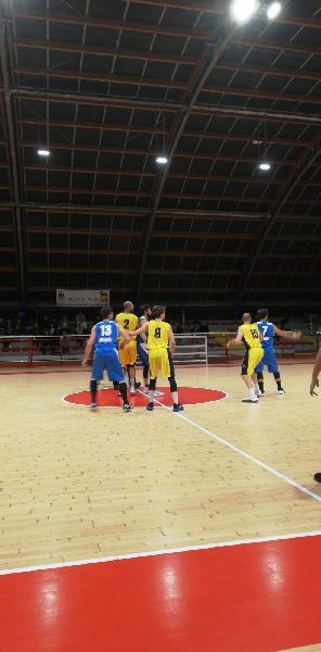 https://www.basketmarche.it/immagini_articoli/11-02-2020/montemarciano-coach-luconi-dovevamo-vincere-confermarci-secondi-battere-loreto-stato-facile-600.jpg