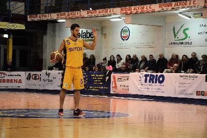 https://www.basketmarche.it/immagini_articoli/11-03-2018/serie-c-silver-anticipi-del-sabato-vittorie-per-matelica-sambenedettese-montegranaro-e-bramante-270.jpg
