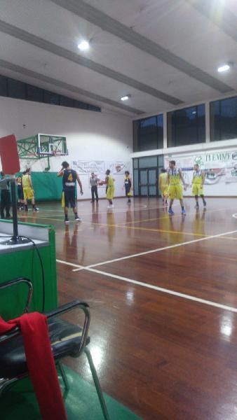 https://www.basketmarche.it/immagini_articoli/11-03-2019/victoria-fermo-sconfitta-senza-attenuanti-derby-600.jpg