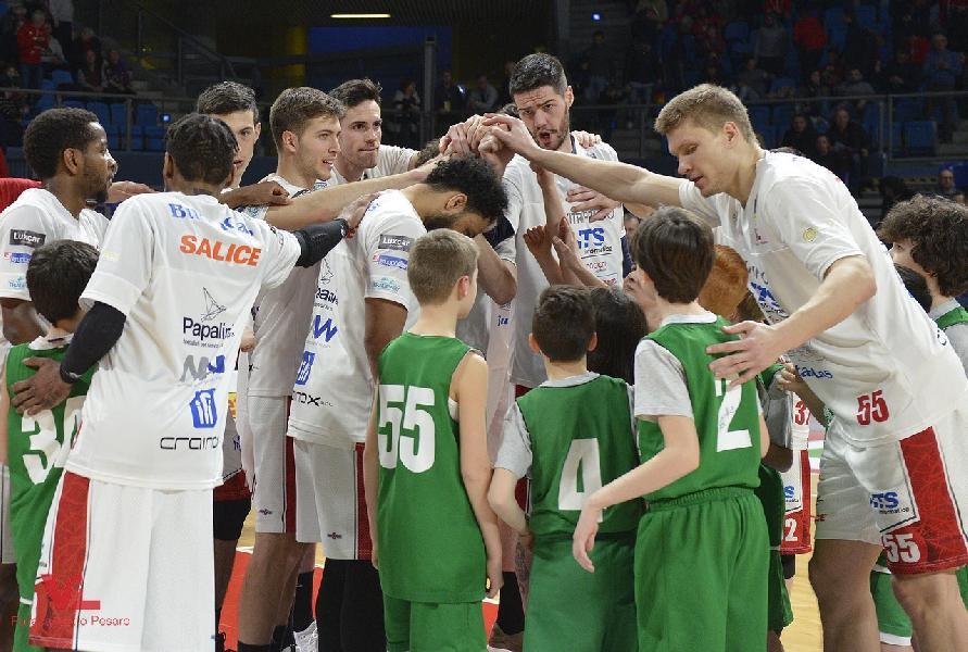 https://www.basketmarche.it/immagini_articoli/11-03-2019/vuelle-pesaro-ritiro-borgo-pace-tempo-indeterminato-600.jpg